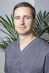 Dr. Roland Ader (restauratiivse hambaravi resident)